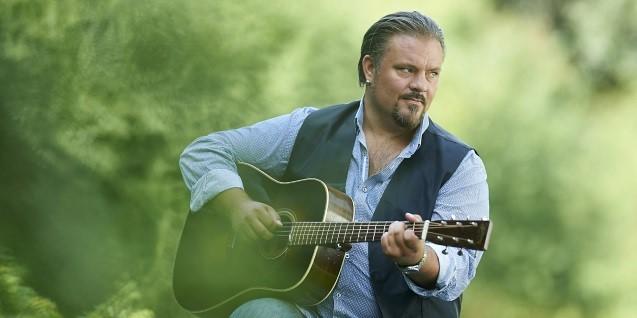 Dr. Friis Blues Clinic feat. Perry Stenbäck